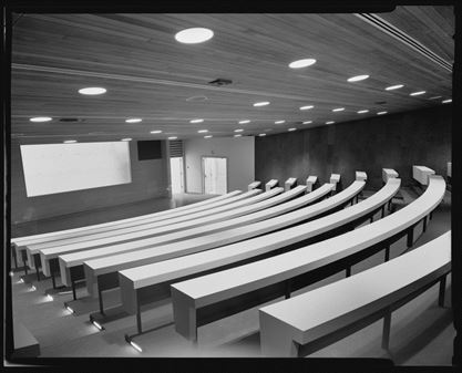 Medical school classroom in 1969