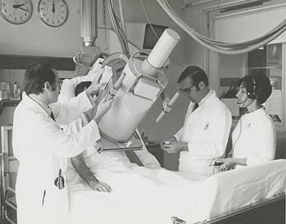 x-ray machine from 1971