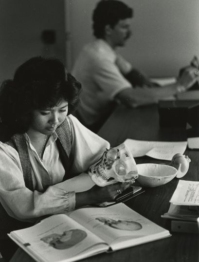 Female medical student in 1980